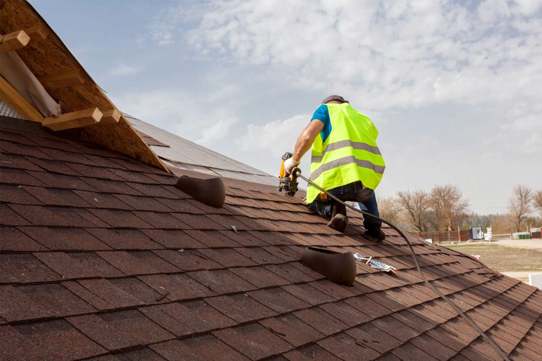 Top Signs and Problems Your Roof Needs Repair or Replacement.